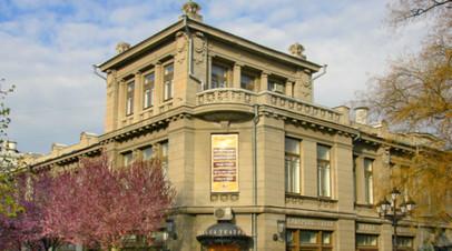 Крымский драмтеатр имени Горького планируют открыть 10 декабря