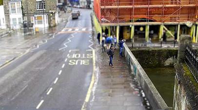 «Это не поможет Мэй на переговорах по брекситу»: Лондон опубликовал новые видео с «подозреваемыми» по делу Скрипалей