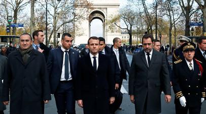 Макрон оценил нанесённый Триумфальной арке в Париже ущерб