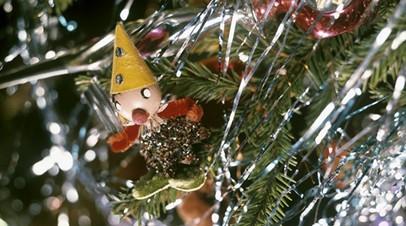 Роспотребнадзор запустил горячую линию по вопросам качества детских товаров к Новому году