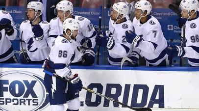 Хоккеист «Тампа-Бэй» Кучеров признан первой звездой дня в НХЛ