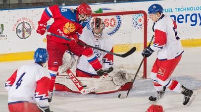 Юниорская сборная России по хоккею обыграла Чехию и вышла в финал Мирового кубка вызова