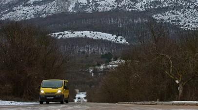 На дороге Ялта — Севастополь произошёл обвал горной породы