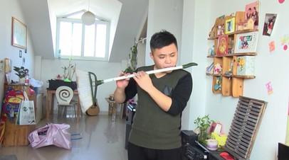 Флейты из картошки и велосипеда: китаец делает необычные музыкальные инструменты