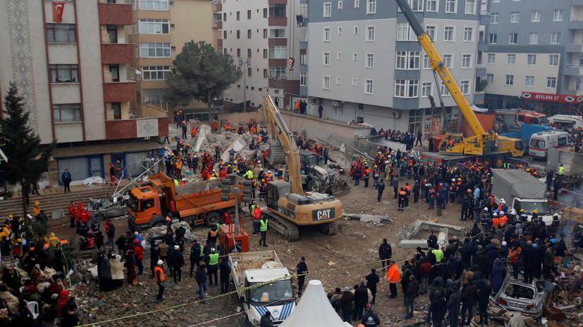 Число жертв обрушения здания в Стамбуле достигло 18