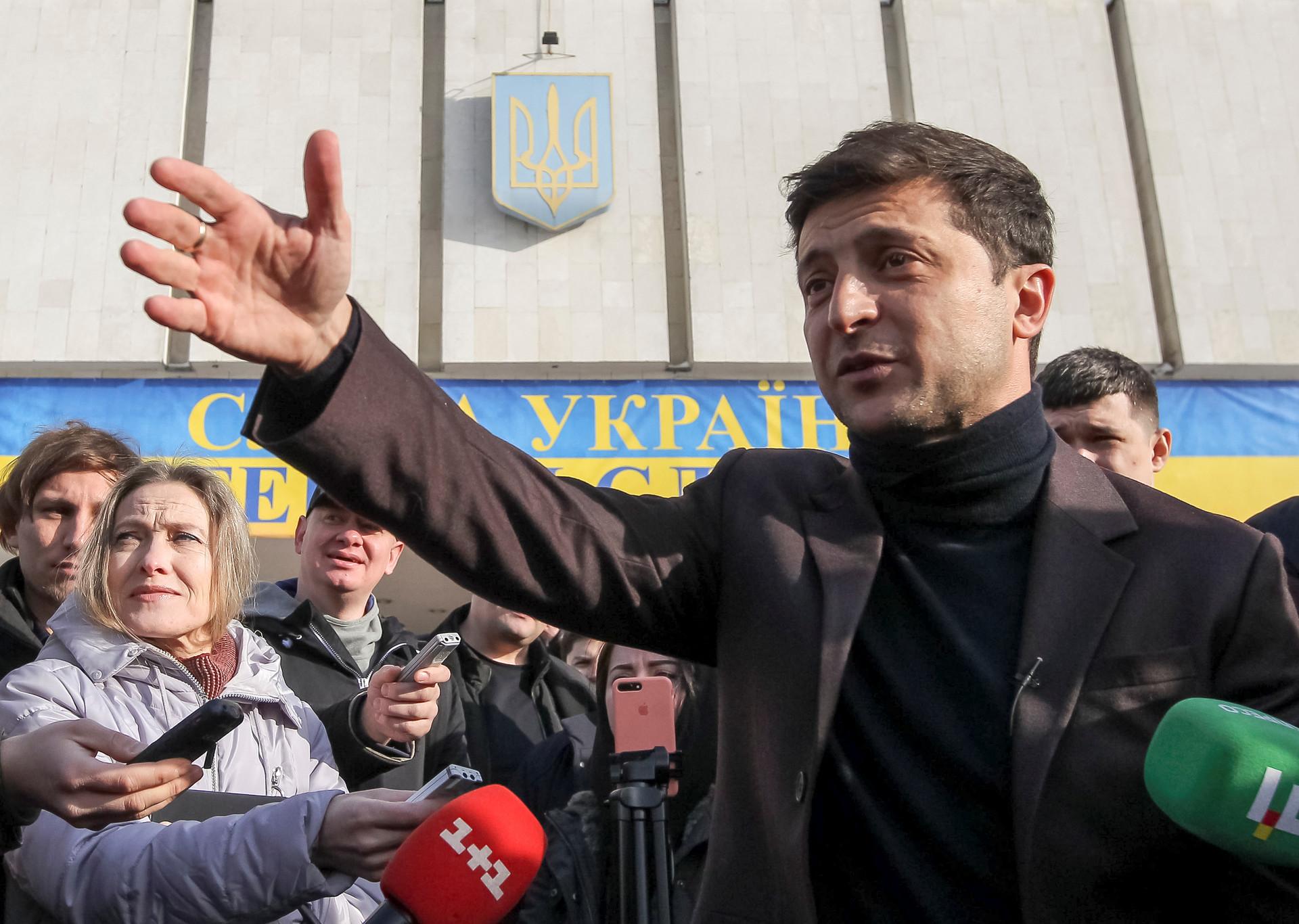 «В ближайшее время перелома не будет»: как могут измениться отношения Москвы и Киева после выборов на Украине