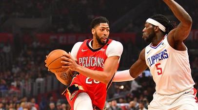 Клуб НБА «Нью-Орлеан» не обменял звёздного форварда Дэвиса до дедлайна
