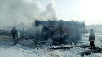 В Башкирии двое взрослых и ребёнок погибли при пожаре в жилом доме