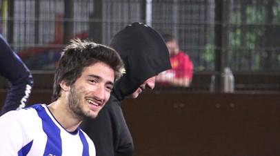Два Моуринью на поле: легендарный тренер сыграл в футбол с сыном