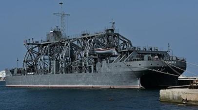 Старейшее в мире спасательное судно подводных лодок «Коммуна» провело учения в Чёрном море